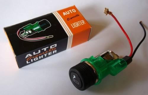 Univerzální auto zapalovač podsvětlený 12V Vyrobeno v EU