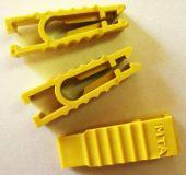 Kolík na vytahování a usazování nožových pojistek