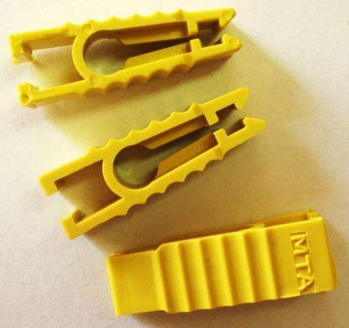 Kolík na vytahování a usazování nožových pojistek 1ks Vyrobeno v EU